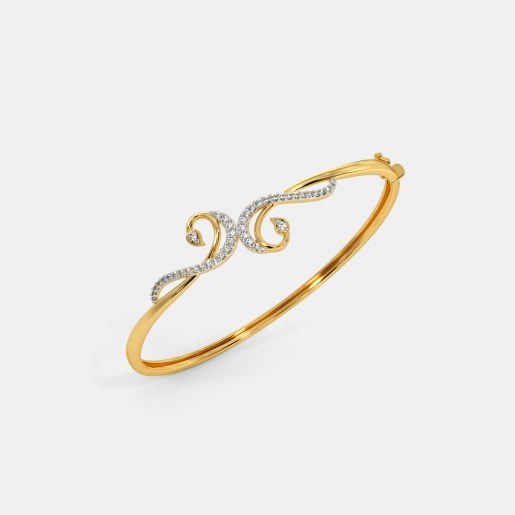 The Sachi Oval Bangle